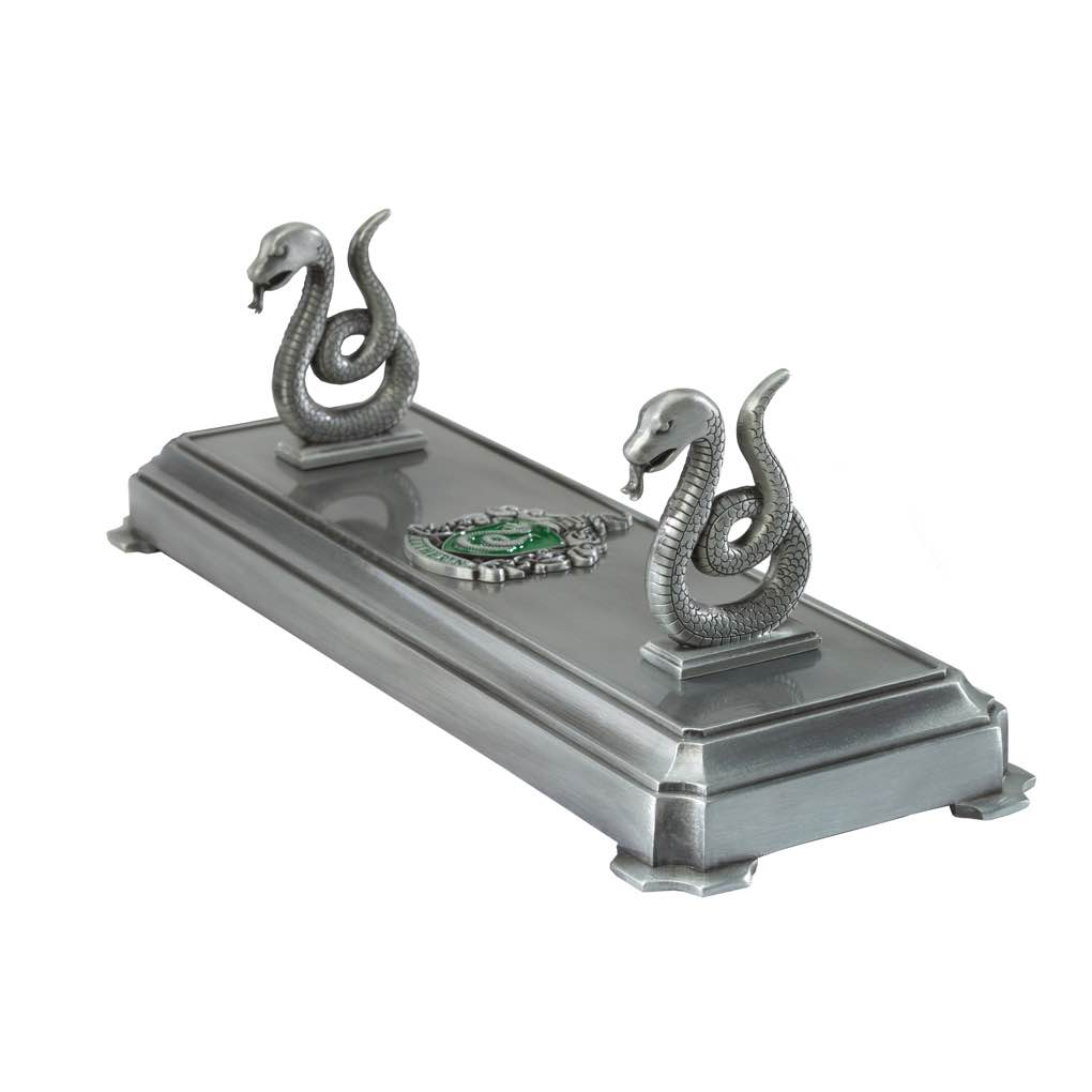 Slytherin Wand Stand (2)